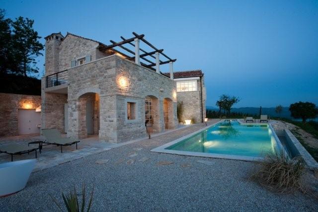 Istria casa roma alloggi e affitto case privati istria for Case arredate in affitto roma