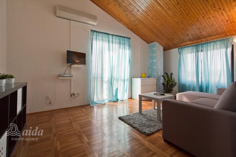 Apartments Tifani Dobrilovi Viktoria Apartmani Evan